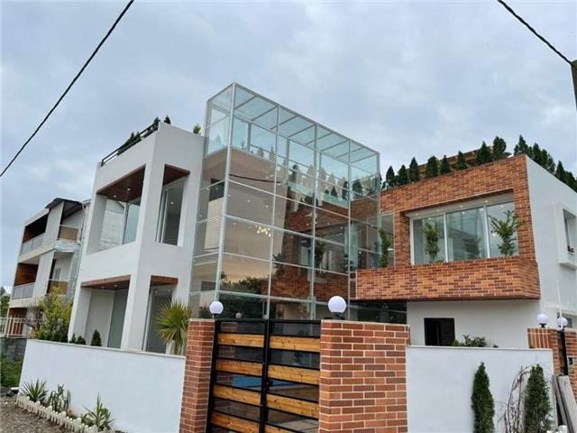 خرید ویلا تریبلکس نما مدرن استخردار در سعادت آباد